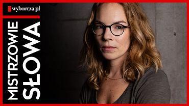 Hanna Turnau w dwudziestym trzecim odcinku podcastu 'Mistrzowie Słowa' czyta reportaż Pauli Szewczyk 'Planeta taka jak ja'