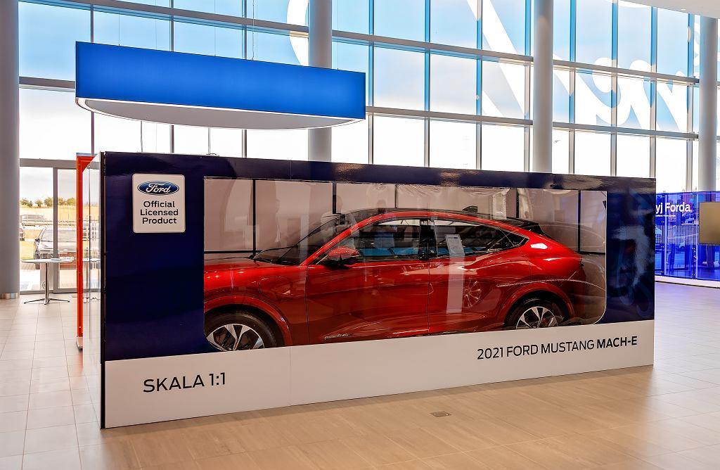 Pierwsze egzemplarze Mustanga Mach-E trafiają do polskich klientów