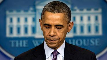 Barack Obama podcza swystąpienia w Białym Domu po śmierci Nelsona Mandeli