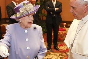 Królowa Elżbieta II i papież Franciszek