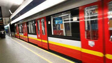 Utrudnienia w metrze