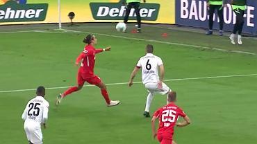 Kapitalny gol Youssoufa Poulsena (RB Lipsk)