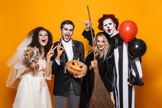 Impreza na Halloween - przebrania. Zdjęcie ilustracyjne