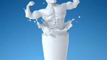 Aż trudno uwierzyć, że odżywczy napój pełen białka, jakim jest mleko, ma aż tylu wrogów do pokonania