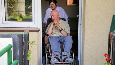 Nie ma tak, że nie dasz rady. Opowieść matki 52-letniego niepełnosprawnego