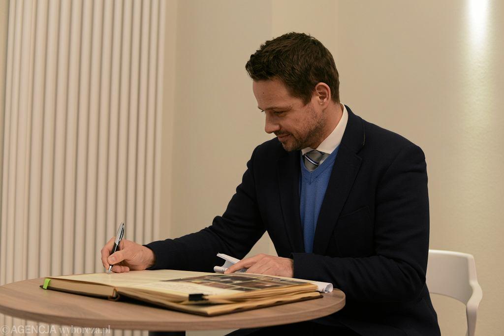 Rafał Trzaskowski ogłosił konkurs na pełnomocnika ds. kobiet