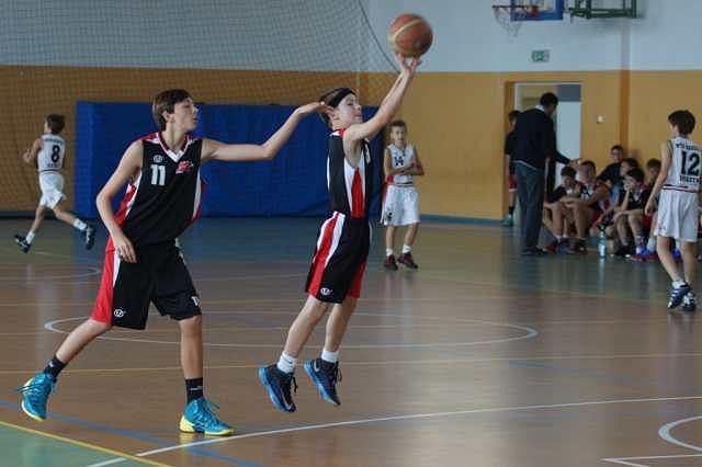 Koszykarze juniorów Polonii