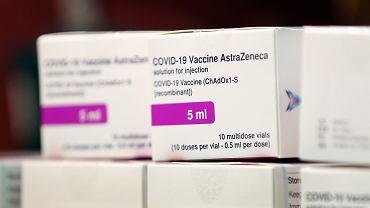 Szczepionka AstraZeneca z wysoką skutecznością po pierwszej dawce. Drugą można podać nawet po 3 miesiącach