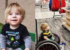 Chłopiec na wózku zobaczył w sklepie reklamę: Patrzył z zachwytem. Szkoda, że nie ma takich więcej