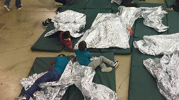 USA. Ośrodki imigranckie dla dzieci