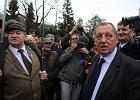 """Pod Sejm """"spontanicznie"""" nadciągają pracownicy Lasów Państwowych. Z poparciem dla Szyszki"""