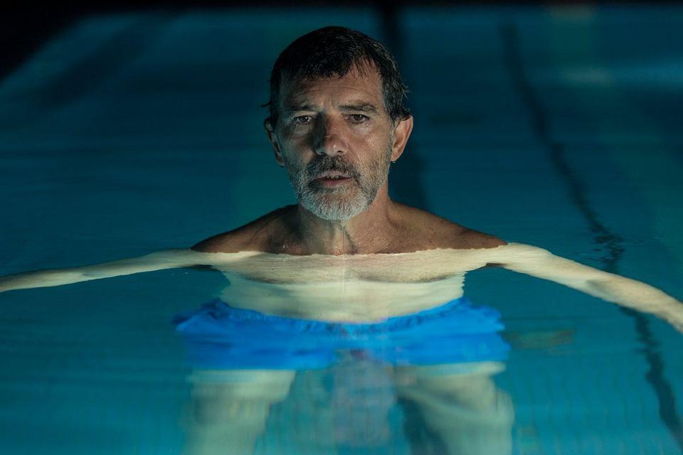 Antonio Banderas w filmie 'Ból i blask' Almodovara