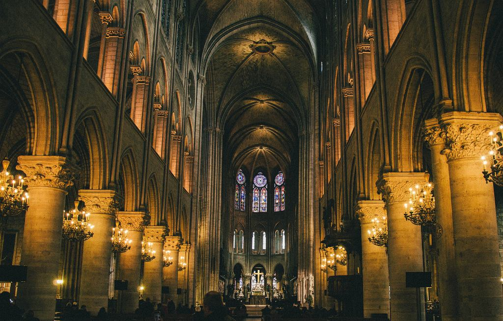 Kościół we Francji (zdjęcie ilustracyjne)