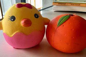 """Gniotki """"Squishies"""" to hitowa zabawka - pachną, odstresowują, uzależniają. Według Duńczyków trują"""