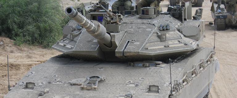 """Izrael gromadzi wojsko do kolejnego """"przycięcia trawy"""""""