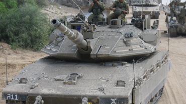 Izraelskie siły zmechanizowane w pobliżu granicy ze Strefą Gazy. Zdjęcie z przygotowań do inwazji w 2014 roku