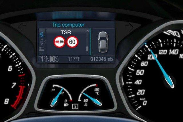 Ford - system rozpoznawania znaków drogowych