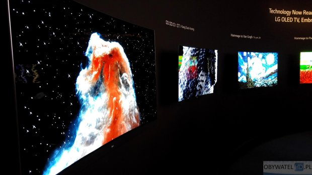 OLED LG kosmos