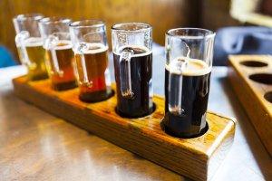 Powstanie piwny gigant? Światowy lider chce kupić wicelidera