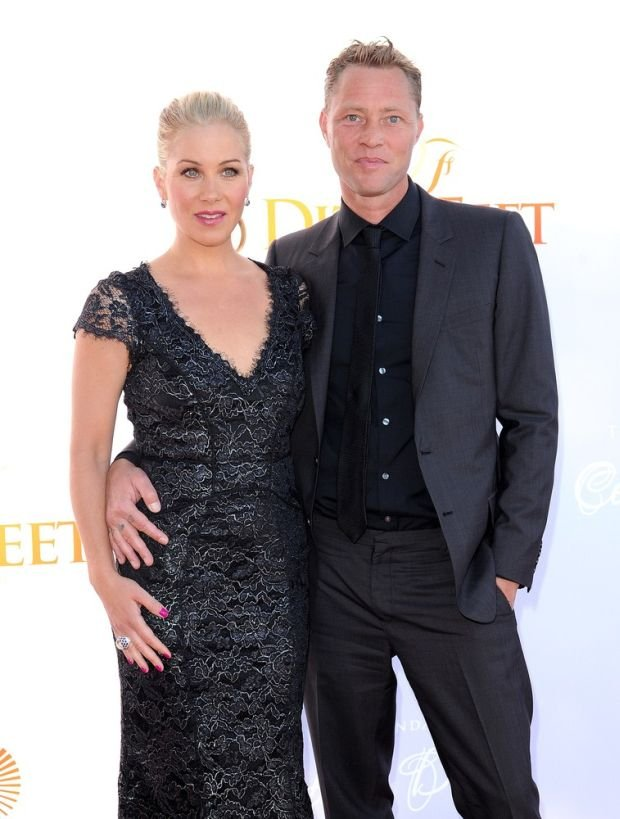 Pictured: Christina Applegate and her husband Mandatory Credit ?? Rod Perry/Broadimage