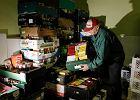 Nowe przepisy pozwalają hipermarketom oddawać jedzenie