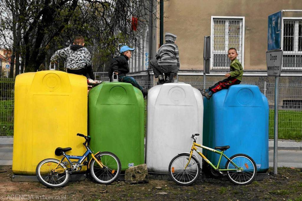 Pojemniki na odpady segregowane