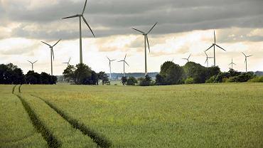 Farma wiatrowa w miejscowości Tymień k. Koszalina