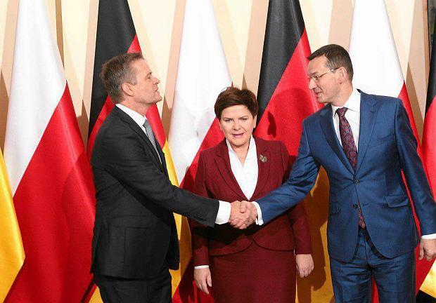 Wicepremier Morawiecki przyznał prawie 19 mln euro dotacji na fabrykę silników Mercedesa w Jaworze