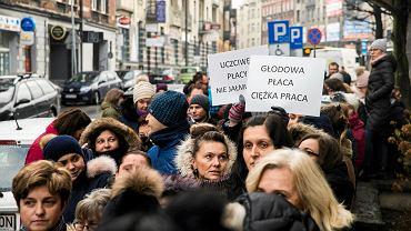 Katowice 12 grudnia 2018 r. Protest pracowników Sądu Okręgowego