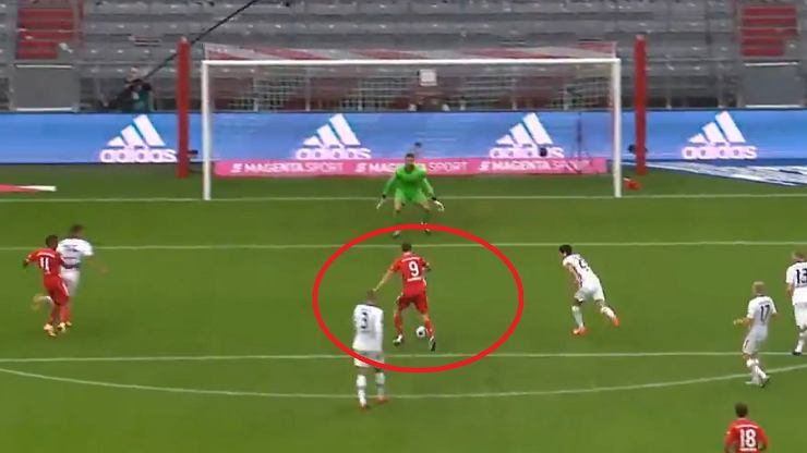 """Niemcy nie wierzą w to, co robi Robert Lewandowski. """"To trudne do wyobrażenia"""""""