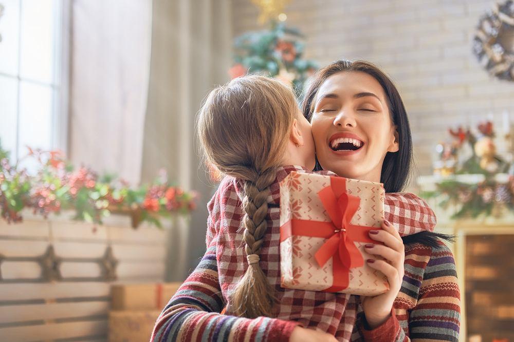 Jakie są najlepsze prezenty na święta dla rodziców? Podpowiadamy.
