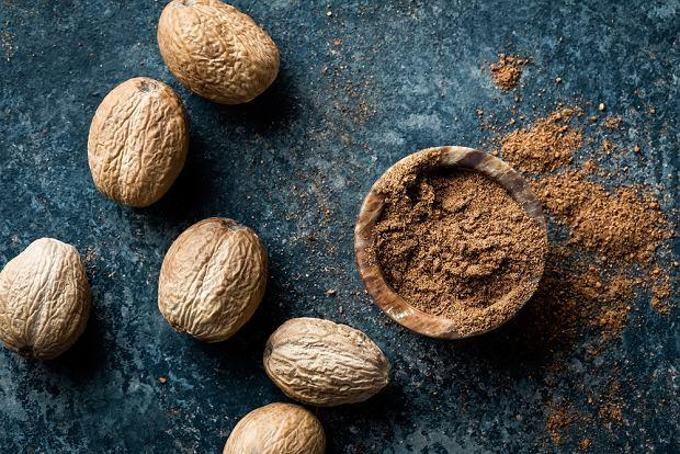 Gałka muszkatołowa: właściwości. Do jakich potraw stosować gałkę muszkatołową?