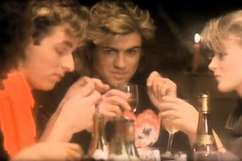 Wham! - Last Christmas (Official Video)