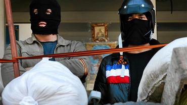 Prorosyjscy separatyści w Mariupolu na Ukrainie