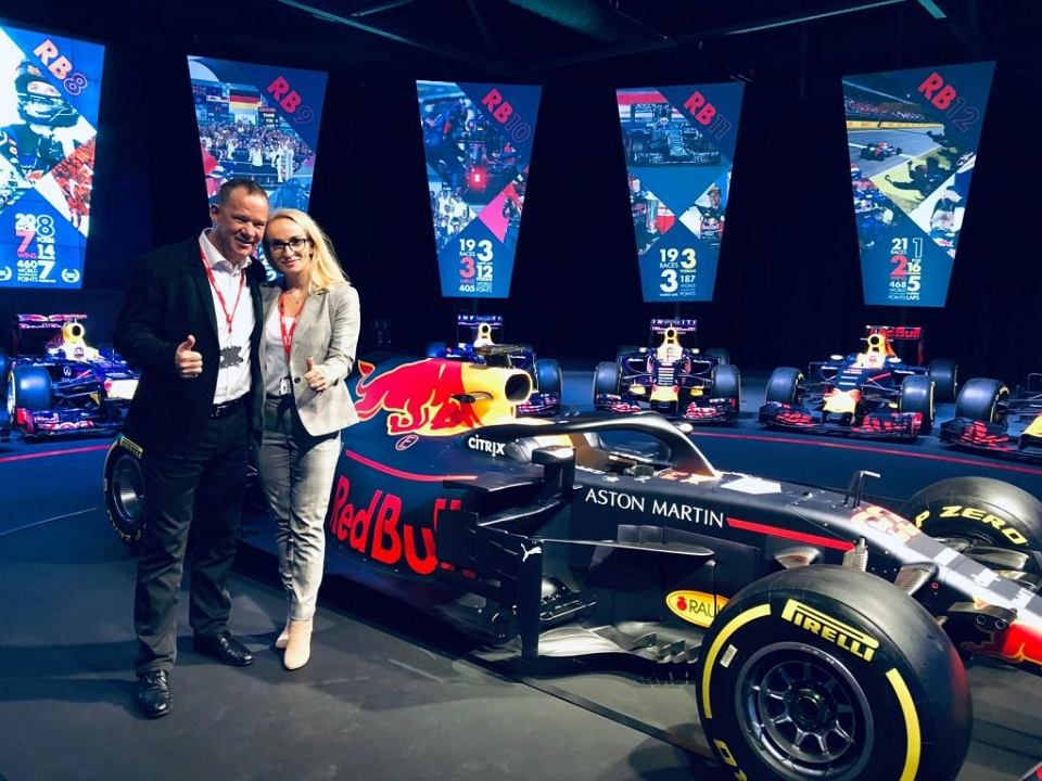 Zdjęcie numer 2 w galerii - Firma z Polski na bolidzie Formuły 1