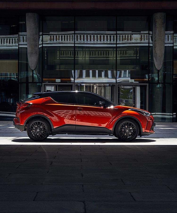 Toyota C-HR – do tańca i do różańca