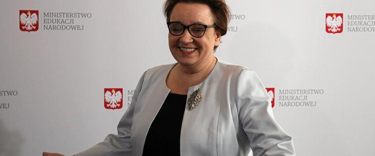 """Zalewska nominowana do Osobowości Roku za reformę edukacji. """"To nie żart"""""""