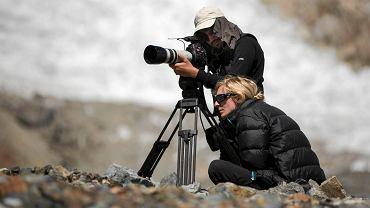 """Kadr z filmu """"K2. Dotknąć nieba""""  w reżyserii Elizy Kubarskiej"""