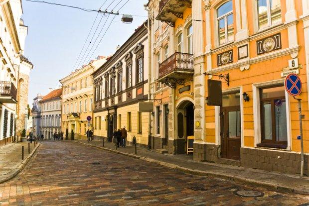 Wilno: jedna ze staromiejskich uliczek