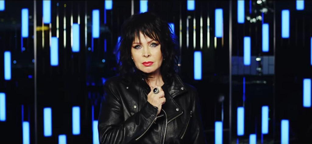 Izabela Trojanowska w teledysku 'Skos' / screen z YouTube