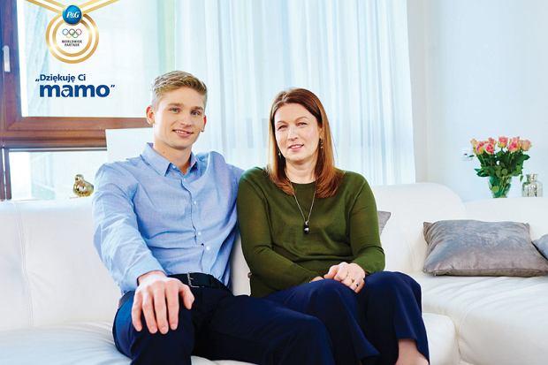 Radek Kawęcki z mamą Grażyną - ambasadorzy akcji