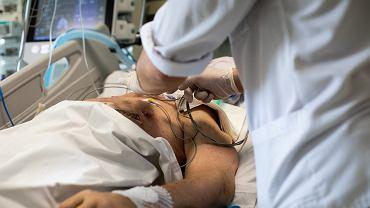 Pacjent w szpitalu. Zdj. ilustracyjne