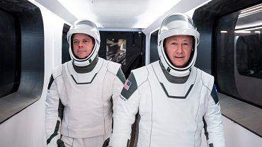 Robert Behnken i Douglas Hurley lecą na ISS. Poznajcie bohaterów historycznej misji SpaceX i NASA