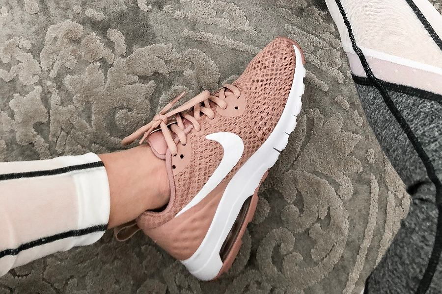 Nike pink shoes