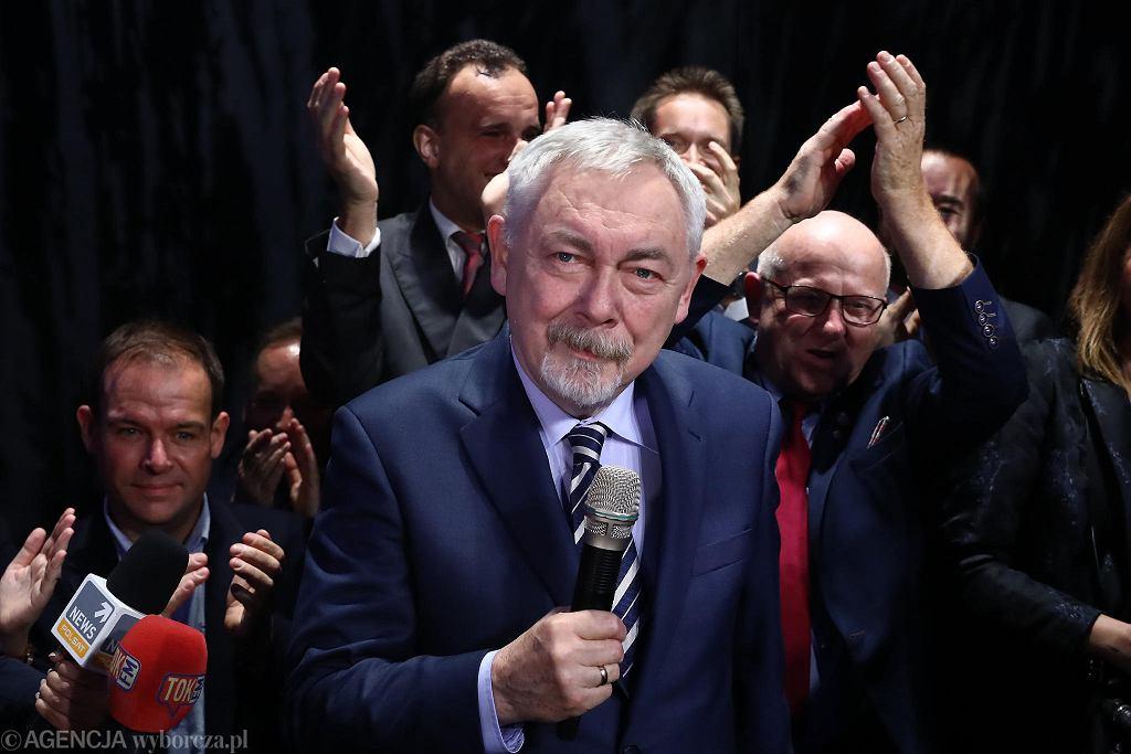 Jacek Majchrowski podczas wieczoru wyborczego po pierwszej turze wyborów samorządowych 2018