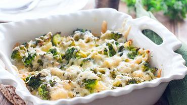 Tanie obiady przygotujesz bardzo szybko z dostępnych w domu składników. Zdjęcie ilustracyjne