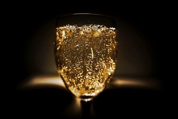 Dom Pérignon był 'bohaterem' filmów o Jamesie Bondzie już w 1964 r.