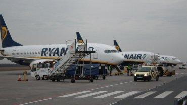 Lotnisko Modlin. Samoloty linii Ryanair