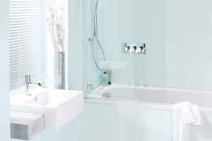 Wystarczająco Perfekcyjna Pani domu: jak samodzielnie uszczelnić brzeg wanny?