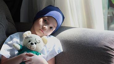 W przypadku choroby Hodgkina leczenie polega na chemioterapii. U dzieci cierpiących na chłoniaki nieziarnicze tworzy się specjalne wielolekowe programy chemioterapii w zależności od typu histopatologicznego chłoniaka oraz stopnia zaawansowania nowotworu.